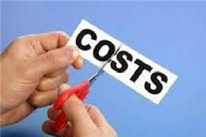 Các khoản chi tiền lương, tiền công, tiền thưởng cho người lao động thuộc chi phí không được trừ khi xác định thu nhập chịu thuế TNDN