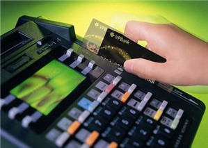 Các trường hợp nào được coi là thanh toán không dùng tiền mặt?